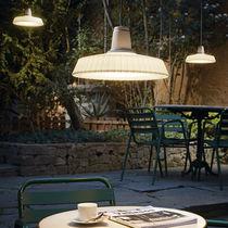 Lampe suspension / contemporaine / en polyéthylène / d'extérieur