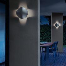Applique murale contemporaine / d'extérieur / en polyuréthane / à LED