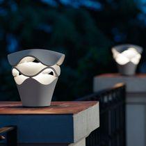 Lampe de table / contemporaine / en polyuréthane / dimmable