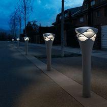 Borne d'éclairage pour espace public / contemporaine / en plastique / à LED