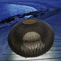 Lampe de sol / contemporaine / en polyéthylène / d'extérieur