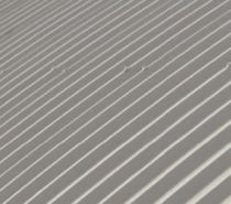 Couverture de toit en aluminium / à joint debout / avec panneau photovoltaïque intégré / nervurée