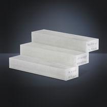 Escalier droit / marche en béton / structure en béton / avec contremarche