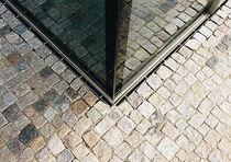 Caniveau pour espace public / en acier / à fente latérale