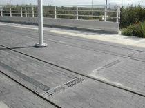 Caniveau pour espace public / en béton / avec grille / de protection