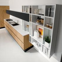 Étagère murale / contemporaine / en bois laqué / de cuisine