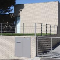 Brique perforée / pour façade / grise / surcuite