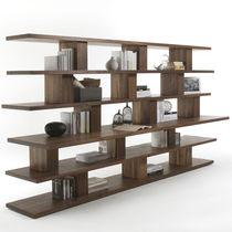 Étagère contemporaine / en chêne / en bois massif / recyclée