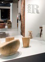 Chauffeuse contemporaine / en bois massif / en cèdre / en métal