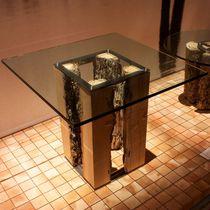 Table basse contemporaine / en verre / en chêne / carrée