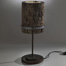 Lampe de table / contemporaine / en chêne / en fer