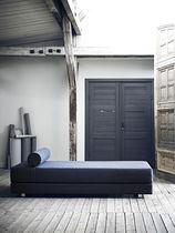 Lit de jour contemporain / en tissu / d'intérieur / résidentiel