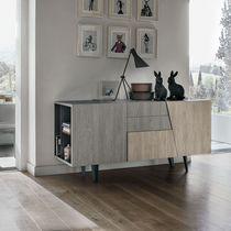 Buffet contemporain / en bois / en métal peint / stratifié