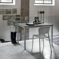 Table contemporaine / en métal peint / en stratifié / rectangulaire