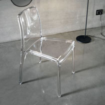Chaise contemporaine / en polycarbonate