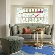 Canapé classique / en bois massif / en tissu / 2 places