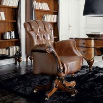 Fauteuil de bureau de style / en bois / en cuir / à roulettes