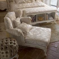 Chaise longue de style / en tissu / en bois