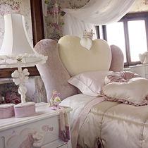 Lampe de table / de style / en tissu / blanche