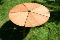 Table à manger / contemporaine / en bambou / ronde