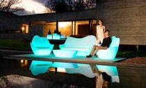 Canapé design original / de jardin / en polyéthylène / 2 places
