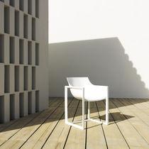 Chaise contemporaine / en polypropylène / en fibre de verre / par Eugeni Quitllet