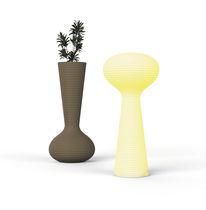Jardinière en polyéthylène / verticale / contemporaine / pour espace public