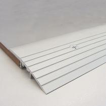 Profilé de transition en aluminium / pour carrelage