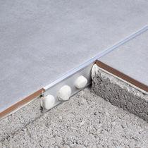 Profilé de séparation en aluminium / en laiton / pour carrelage