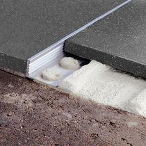 Profilé de finition en aluminium / pour angle extérieur