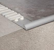 Profilé pour fenêtre d'aluminium / à coupure thermique