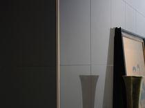 Profilé de finition en acier inox / pour carrelage / pour angle extérieur