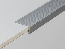 Nez de marche en aluminium