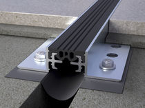 Joint de dilatation en aluminium / pour plancher