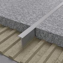 Profilé de séparation en aluminium / en laiton / pour angle extérieur / pour carrelage