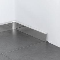 Plinthe en acier inox / acoustique