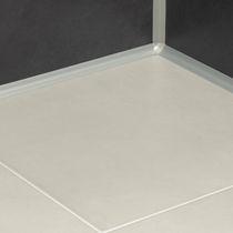 Profilé de finition en méthacrylate / pour angle intérieur