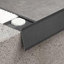 Profilé pour fenêtre en aluminium / à coupure thermique