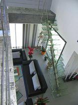 Escalier droit / marche en verre / structure en acier inoxydable / sans contremarche