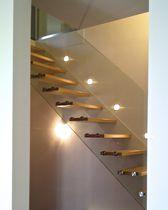 Escalier droit / quart tournant / marche en bois / structure en acier