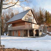 Maison préfabriquée / classique / en pierre / à économie d'énergie