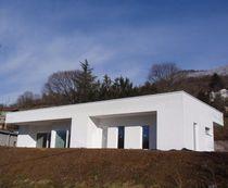 Maison préfabriquée / contemporaine / en bois massif / de plain-pied