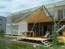 Maison préfabriquée / contemporaine / à 2 étages