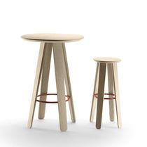 Table mange-debout contemporaine / en métal / en chêne / ronde