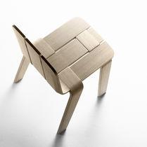 Chaise contemporaine / en bois courbé / noire