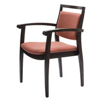 Chaise visiteur contemporaine / en contreplaqué moulé / en hêtre / avec accoudoirs