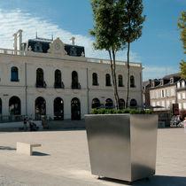 Jardinière en acier inoxydable / carrée / contemporaine / pour espace public