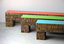 Banc contemporain / en carton