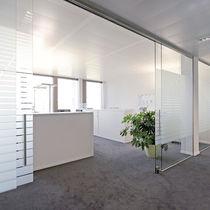 Cloison coulissante / en aluminium / vitrée / de bureau