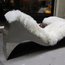 Chaise longue design original / en cuir / en acier inoxydable / contract
